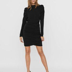 💕Vero Moda Black Assymetric Long Sleeves Dress